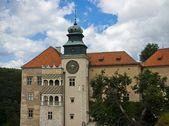 Romantic castle, Pieskowa Skala palace — Stock Photo