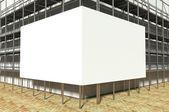 3d byggnadsställningar och tom reklam skylt — Stockfoto