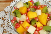 Kiwi and mango salad — Stock Photo