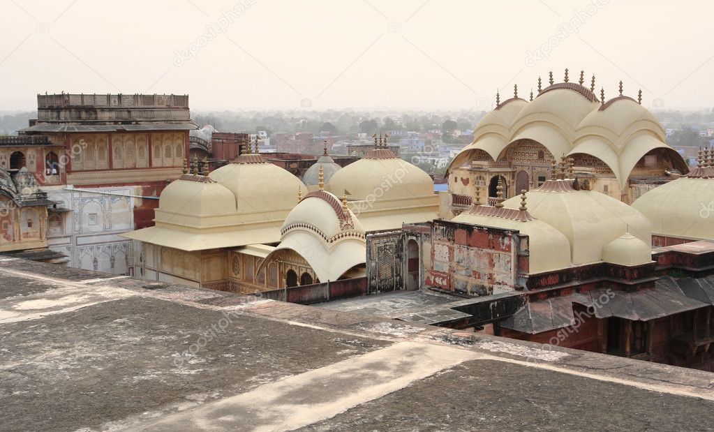 Scenery around the City Palace in Karauli, a city in Rajasthan, India at evening time — Stock Photo #10448558