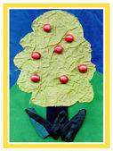 Drzewo z tkaniny i przyciski — Zdjęcie stockowe