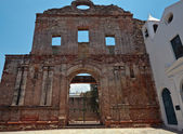 The ruins of the church and Santo Domingo convent in Panama City — ストック写真
