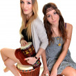 Two girls with bongo - Lizenzfreies Foto