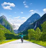 Mountain biker in Norway — Stock Photo
