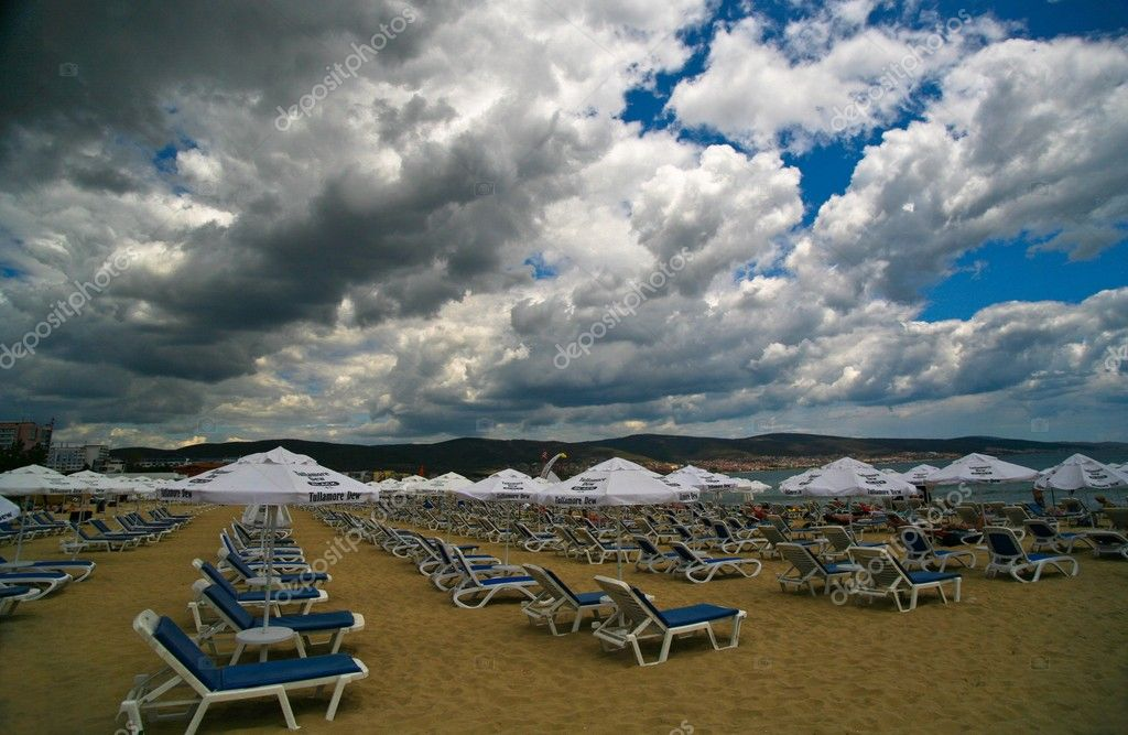 Strange summer in Bulgaria — Stock Photo #8100165