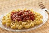 Lumache паста с соусом болоньезе — Стоковое фото