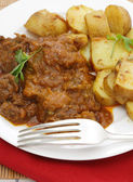 Beef madras and potato curry — Stock Photo