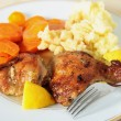 Grilled chicken potatoes and carrots — Stock Photo