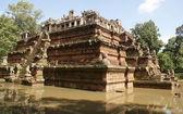 Angkor kamboçya tapınakta antik piramit — Stok fotoğraf