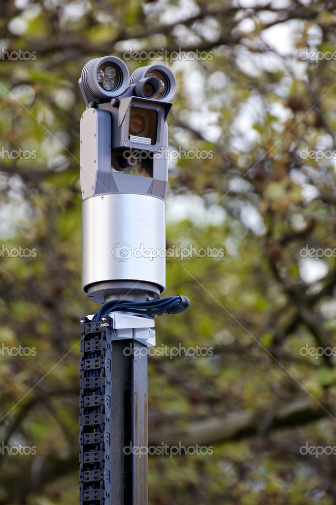 HAMBURG, GERMANY - MAY 1, 2012: Vehicle-mounted police surveillance camera in use at a May Day demonstration in Hamburg, Germany on May 1, 2012. — Stock Photo #10393840