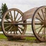 A wooden wheel — Stock Photo #8388562