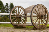 A wooden wheel — Stock Photo