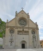 Cathedral of Gemona reconstructed after the earthquake — Stock Photo