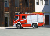 Fire engine truck during a mission — Stock Photo