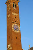 Tower in the center of the Palladian Basilica in Vicenza — Stock Photo