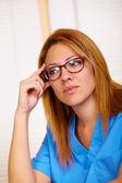 Retrato de una joven enfermera — Foto de Stock