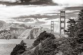 Golden Gate bridge black and white, San Francisco — Stock Photo