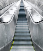 Empty escalators — 图库照片