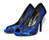 Zapatos de mujer hermosa azul con zapatos de tacón altos — Foto de Stock