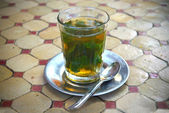 Traditional mint tea — Stock Photo