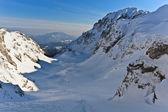 Winter mountain valley — Stock Photo