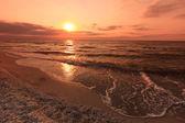 Amanecer en el mar — Foto de Stock