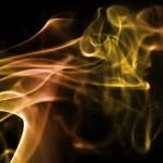 Mehrfarbig rauch qualm Wellen dampf smoke zigarette duft parfüm — Stock Photo #7991118