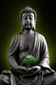 Buddha Buddhismus Globus wolken Statue Gott Feng-Shui Asien — Stock Photo