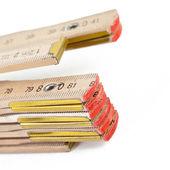 Zollstock Gliedermassstab meter messen renovieren holz — Stock Photo