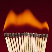 Brennende Streichhölzer Zündholz flamme rauch Qualm — Stock Photo