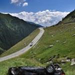 Car crash on a high mountain road — Stock Photo