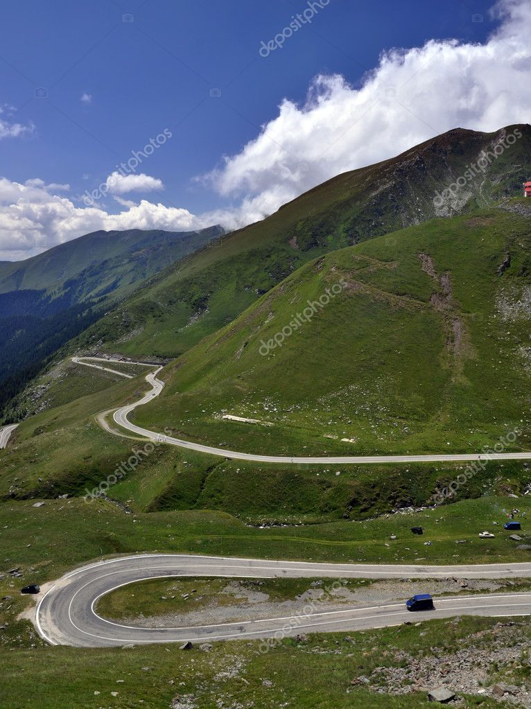 High road in the Fagaras Mountains, Romania. — Stock Photo #8545876