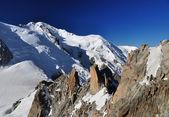 Aiguille du midi, alpleri mont blanc izlendi — Stok fotoğraf