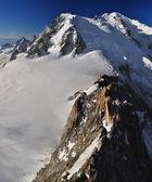 Mont blanc massivet panoramautsikt — Stockfoto