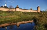 Antigua fortaleza en suzdal — Foto de Stock