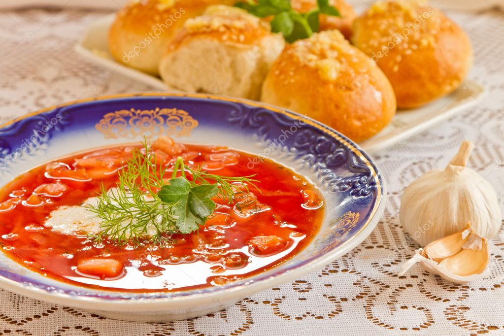 Ukrainian national red borsch with herbs  — Stock Photo #9841032