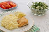 Roast fish steak fresh with mashed potatoes — Stock Photo