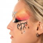 Fantasy make-up — Stock Photo #8911386