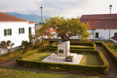 Town Monument Garden — Stock Photo