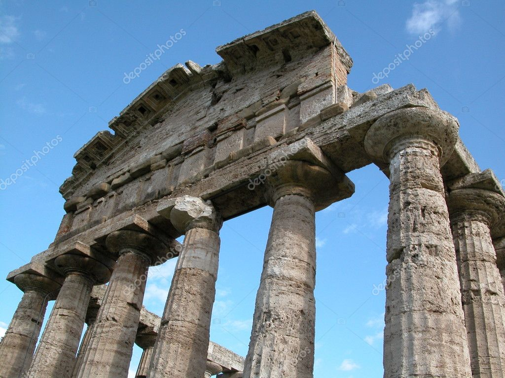 Paestum — Stock Photo #8363698