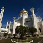 Постер, плакат: Omar Ali Saifuddin Mosque in Bandar Seri Begawan Brunei Darusalam