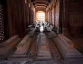 TOMBS IN THE JAMA MASJID MOSQUE iN FATEHPUR SIKRI. UTTAR PRADESH. INDIA. — Stock Photo
