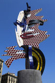 Statue Barcelona Head by Roy Lichtenstein in Barcelona, Spain — Stock Photo