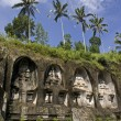 Rock-cut candi (shrines) in the Gunung Kawi temple in Bali - Indonesia — Zdjęcie stockowe