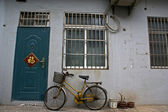 Chinese house with bike in Shanghai - China — Stock Photo
