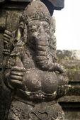 Estatua de ganesha - al dios elefante hindú en bali - indonesia — Foto de Stock