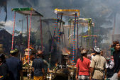 Balinese Hinduistic mass funeral cremation ceremony in Indonesia — Stock Photo
