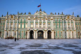The Winter Palace (The Hermitage Museum) in St. Petersburg in the winter — Stock Photo
