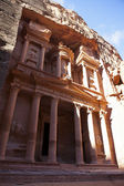 The Treasury with camels in Petra - the famous temple of Indiana Jones in Jordan — Stock Photo