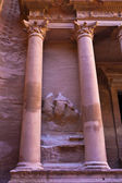 A detail of the Treasury in Petra - the famous temple of Indiana Jones in Jordan — Stock Photo